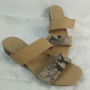 NWT Two Band Sandals 7 Blush